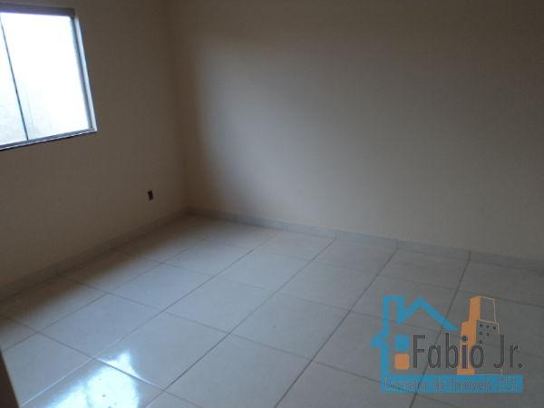 Casa  com 2 quartos - Bairro Residencial Kátia em Goiânia - Foto 8