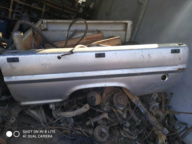 Gabina F1000 completa capô paralama e vidros dianteiro e trazeiro