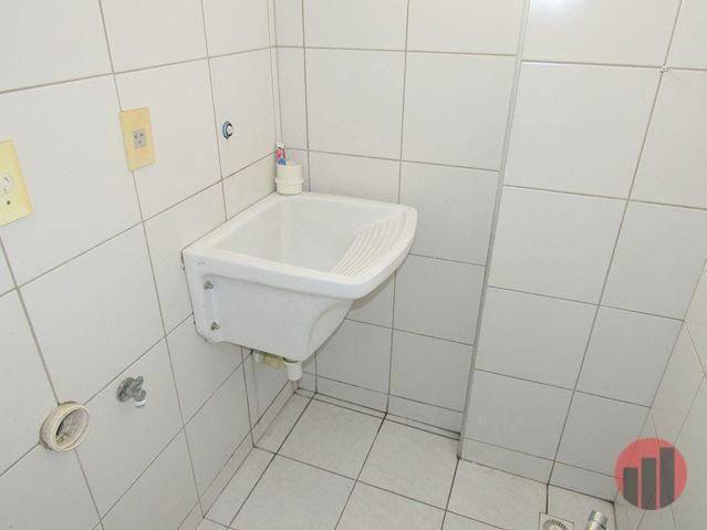 Apartamento com 2 dormitórios para alugar, 70 m² por R$ 1.300,00 - Meireles - Fortaleza/CE - Foto 14