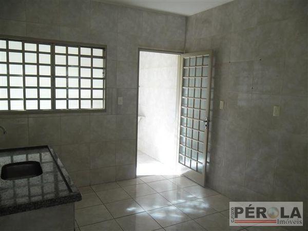 Casa geminada com 2 quartos - Bairro Setor Sudoeste em Goiânia - Foto 9