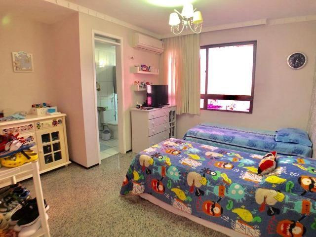 Apartamento no Guararapes - 192m² - 3 Suítes - 3 Vagas (AP0620) - Foto 7