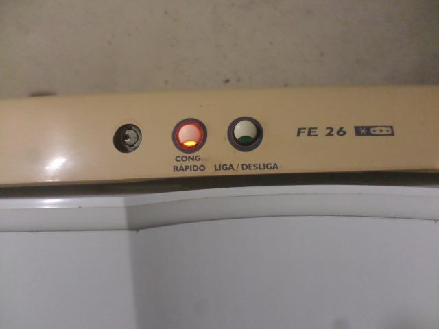 Freezer vertical eletrolux