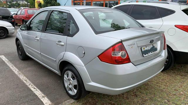 Fiesta sedan 2008 - Foto 2