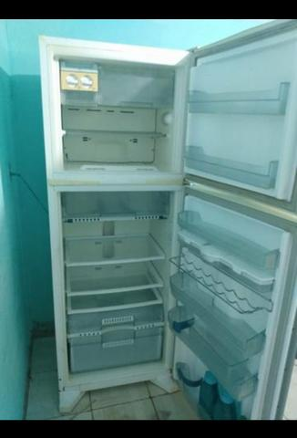 Geladeira pra conserto - Foto 4
