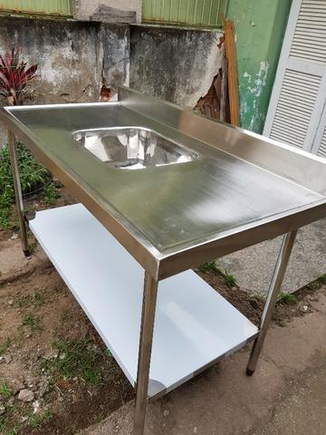 Mesas e Pias de Inox para Uso Comercial - Foto 4