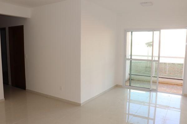 Apartamento  com 3 quartos no Condomínio Residencial Lakeside - Bairro Residencial Itaipu  - Foto 8