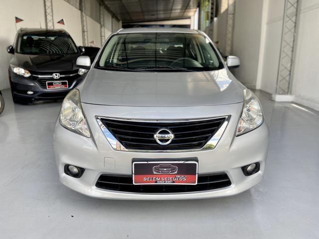 '4.000 de entrada' Nissan Versa SL 1.6 - Foto 2