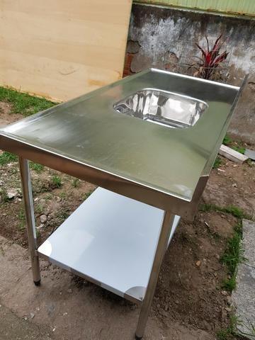 Mesas e Pias de Inox para Uso Comercial - Foto 2