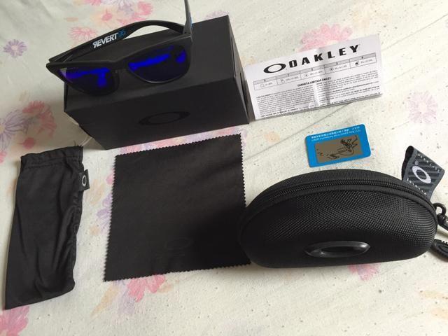 Óculos de sol Oakley ORIGINAL lente polarizada Azul - Bijouterias ... 37bbe092d9