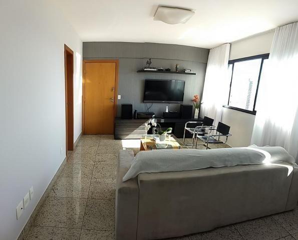 Apartamento de 04 quartos no buritis