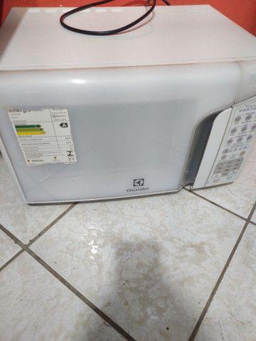 Consertos de tvs e micro ondas próximo ao buriti shopping - Foto 4