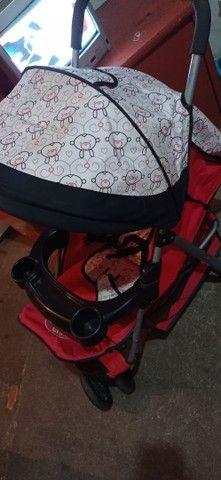 Carrinho de bebê semi novo - Foto 2