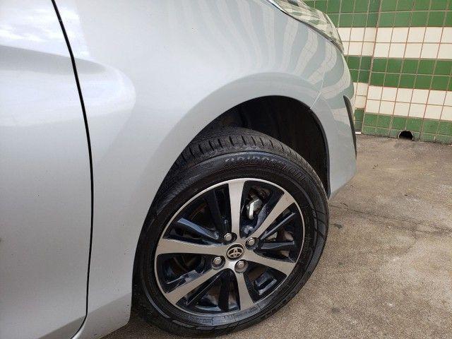 Toyota yaris sedan xls com teto completo todo original de fábrica  - Foto 7