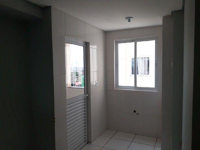 Alugo Apartamento No Coqueiral  - Foto 3