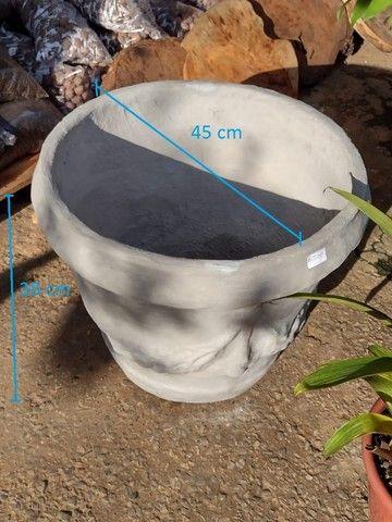 Vasos variados de cimento para plantas - Foto 6