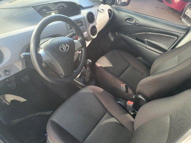 etios xs sedan 1.5 gnv 100% financiado pelos bancos - Foto 9