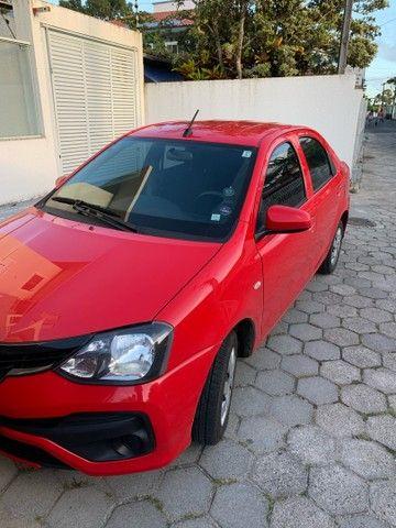 Toyota Etios X plus 19/20 automático baixa quilometragem  - Foto 2
