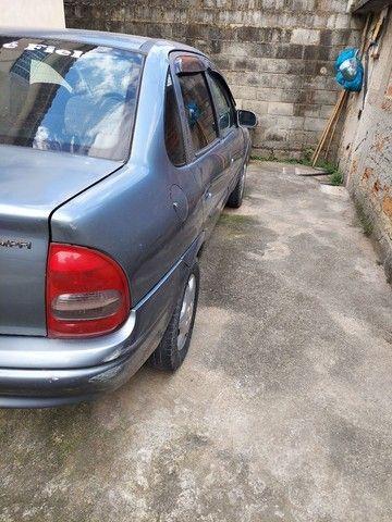 Corsa sedam 2001 1.0 8V com GNV e AR.  - Foto 7