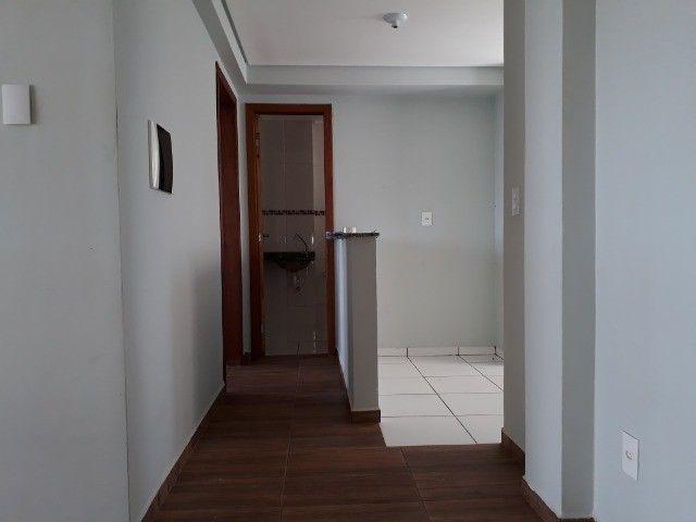 Alugo Apartamento No Coqueiral  - Foto 2