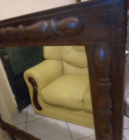 Espelho antigo lindo com moldura trabalhada - Foto 2