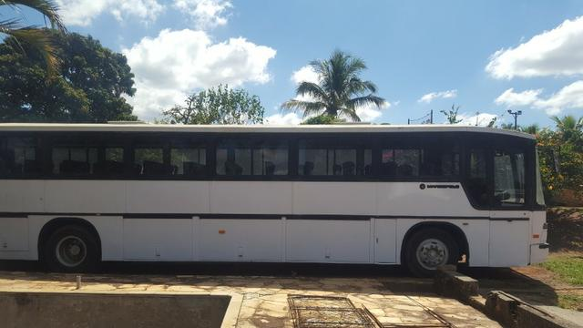 Ônibus viaggio 92 R$18.000