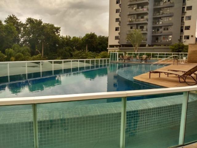 Simone Freitas Imóveis- Vende-se Apartamento no Aterrado- Volta Redonda