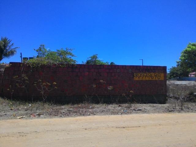 Excelente terreno murado em catuana