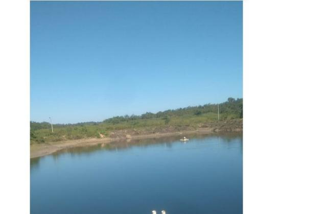 250000 m2 Lãmina D'agua, fazenda 1950 hectares Poconé