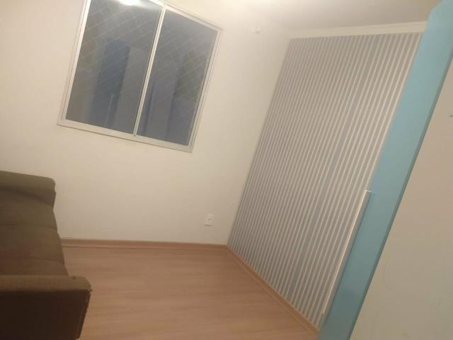 Vendo ou troco apartamento 60 mil e assume o financiamento aceita carro - Foto 2