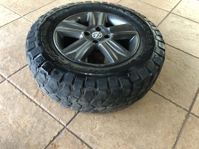 4 pneus BF MUD