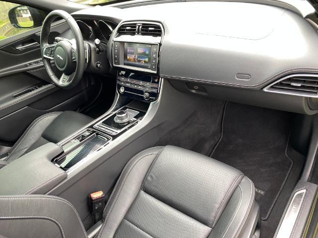 Jaguar Xe 2.0 TurboCharged R-Sport 2018 - Foto 7