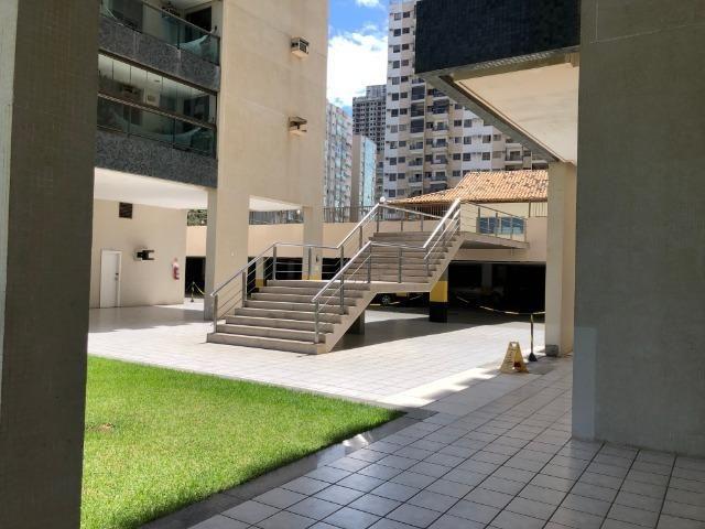 Pelegrine Apart. 105 m², 3 quartos, 1 suíte, 2 vagas, armários, lazer completo, Itaparica - Foto 16