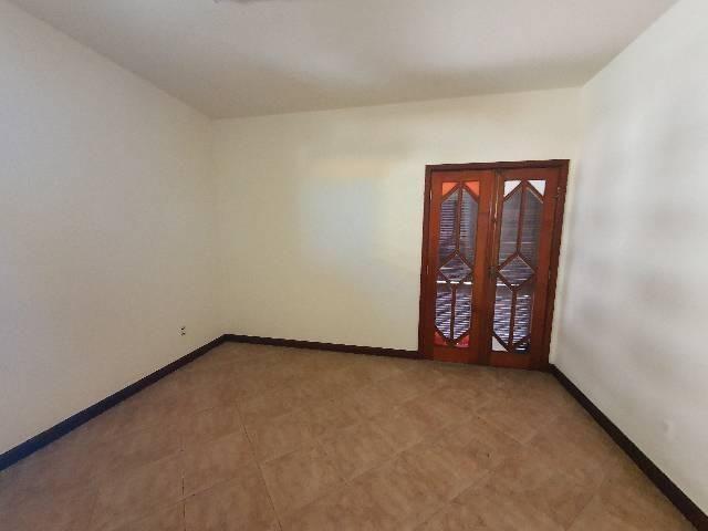Casa duplex espaçosa de frente pra Rodovia 3 quartos churrasqueira  - Foto 8