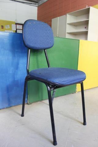 Cadeira de Escritório em Ferro / Tecido Azul - Foto 2