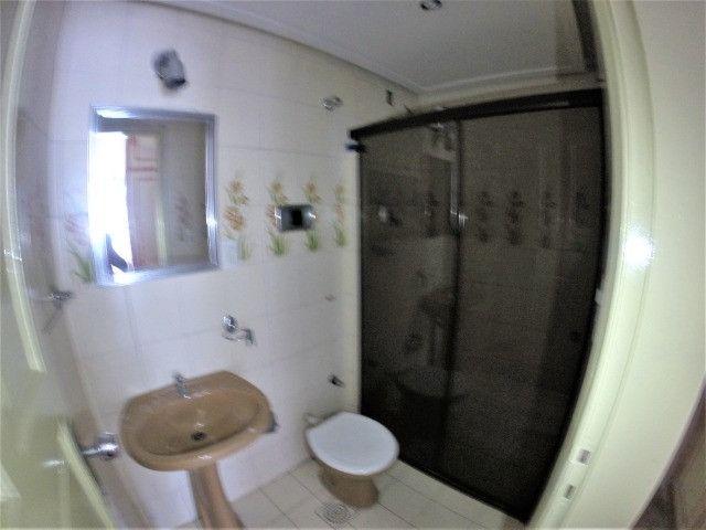 Alugo Casa Comercial / Residencial em Jucutuquara com 387m² e 5 quartos - R$ 5.000 - Foto 15