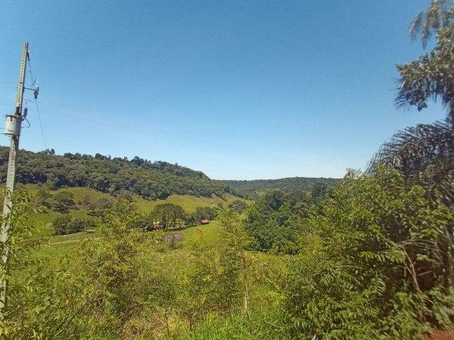 Vendo linda chácara no alto da montanha com vista para o Vale - Foto 10