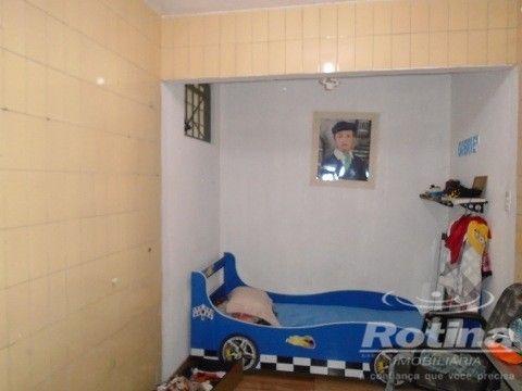 Casa à venda, 4 quartos, 1 suíte, 2 vagas, Residencial Gramado - Uberlândia/MG - Foto 12