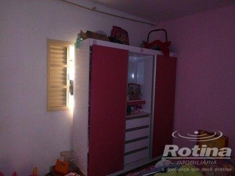 Casa à venda, 4 quartos, 1 suíte, 2 vagas, Residencial Gramado - Uberlândia/MG - Foto 8