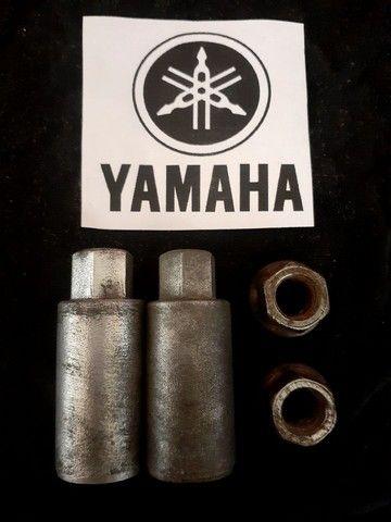 Porcas de fixação do cilindro Yamaha XT600Z TENÉRÉ - Foto 3