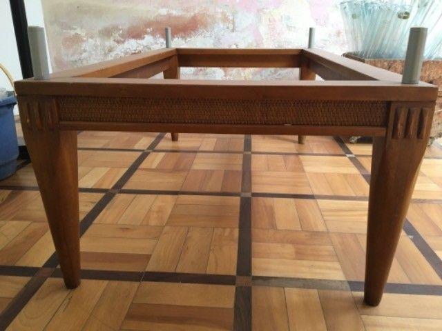 Base mesa baixa madeira