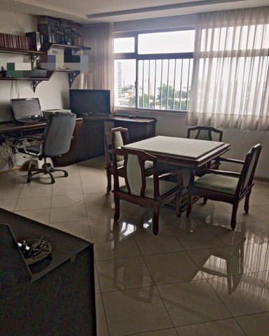Amplo apartamento no Ed. Solar de Ainá - 3 suítes, estilo clássico, andar alto, bairro do  - Foto 12