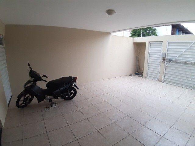 Vendo Casa Piso Térreo 3 Quartos Bairro Maurício de Nassau, Caruaru - Foto 2