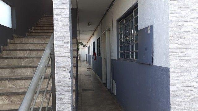 Edifício residencial para venda possui 600 metros quadrados com 14 Kitnets - Foto 10
