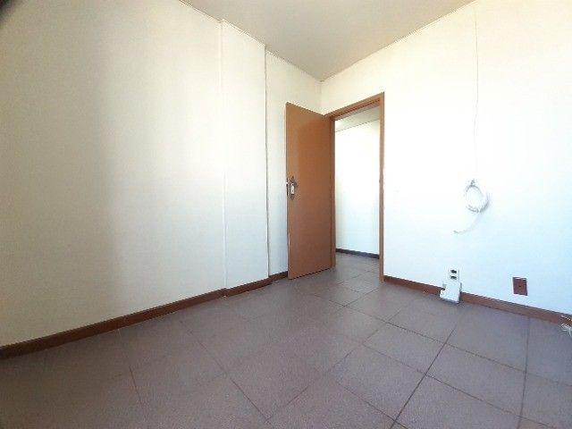 Apartamento ao lado do Complexo Naval Ponta da Armação 2 quartos - Foto 8
