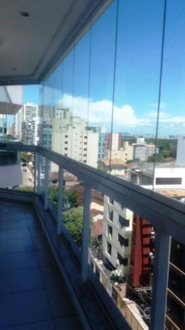 Lindo apartamento de dois quartos, suíte em Jardim Camburi!