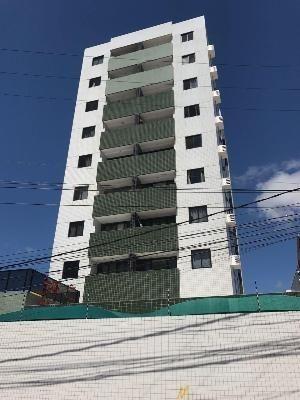 Apartamento com 2 quartos em Ponta Negra, Natal