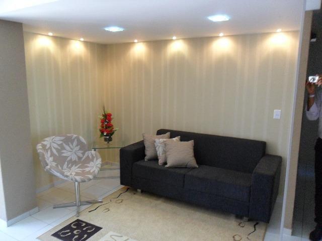 Apartamentos novos com 03 quartos no Farol
