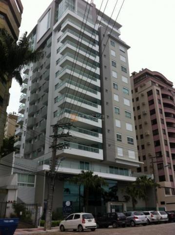 Apartamento com 168 m², alto padrão, luxuoso, acabamento top na famosa av. beira mar com v