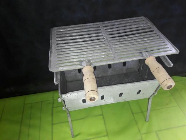 Churrasqueiras pequena de aluminio