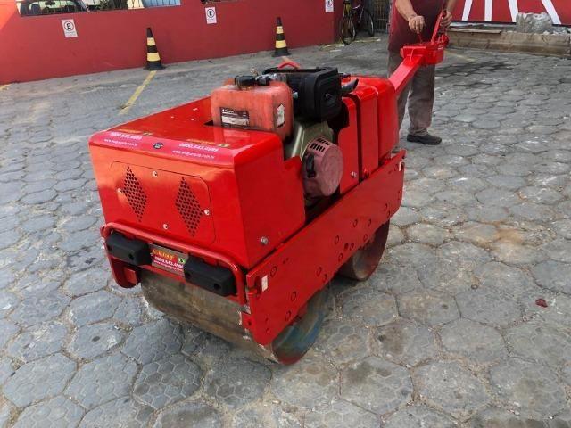 Rolo Compactador Reformado de 2 cilindros manual 750 - Foto 4